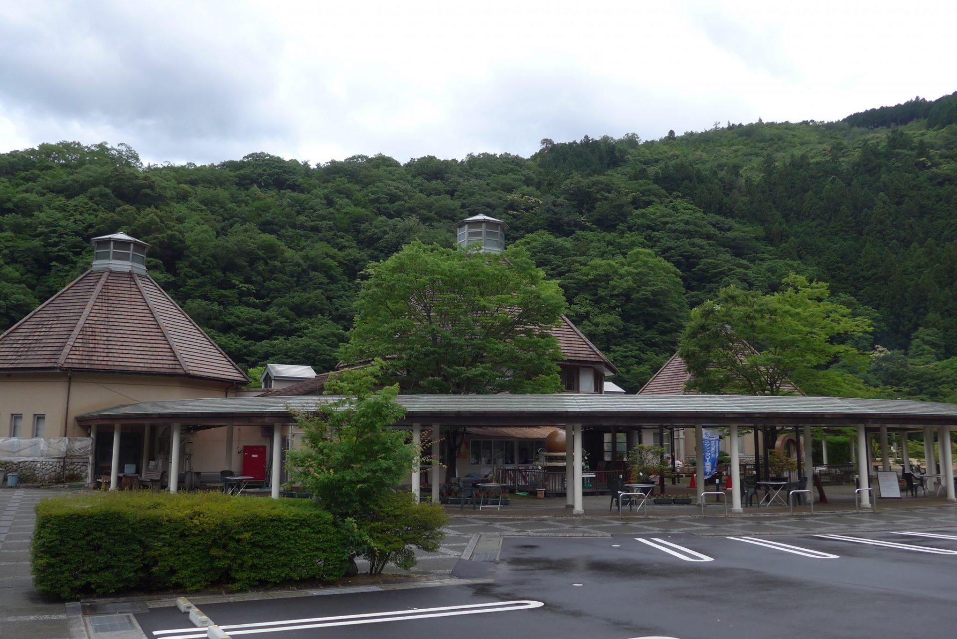 (K)周辺は山あいで静かな『道の駅ピュアラインにしき』車中泊も!