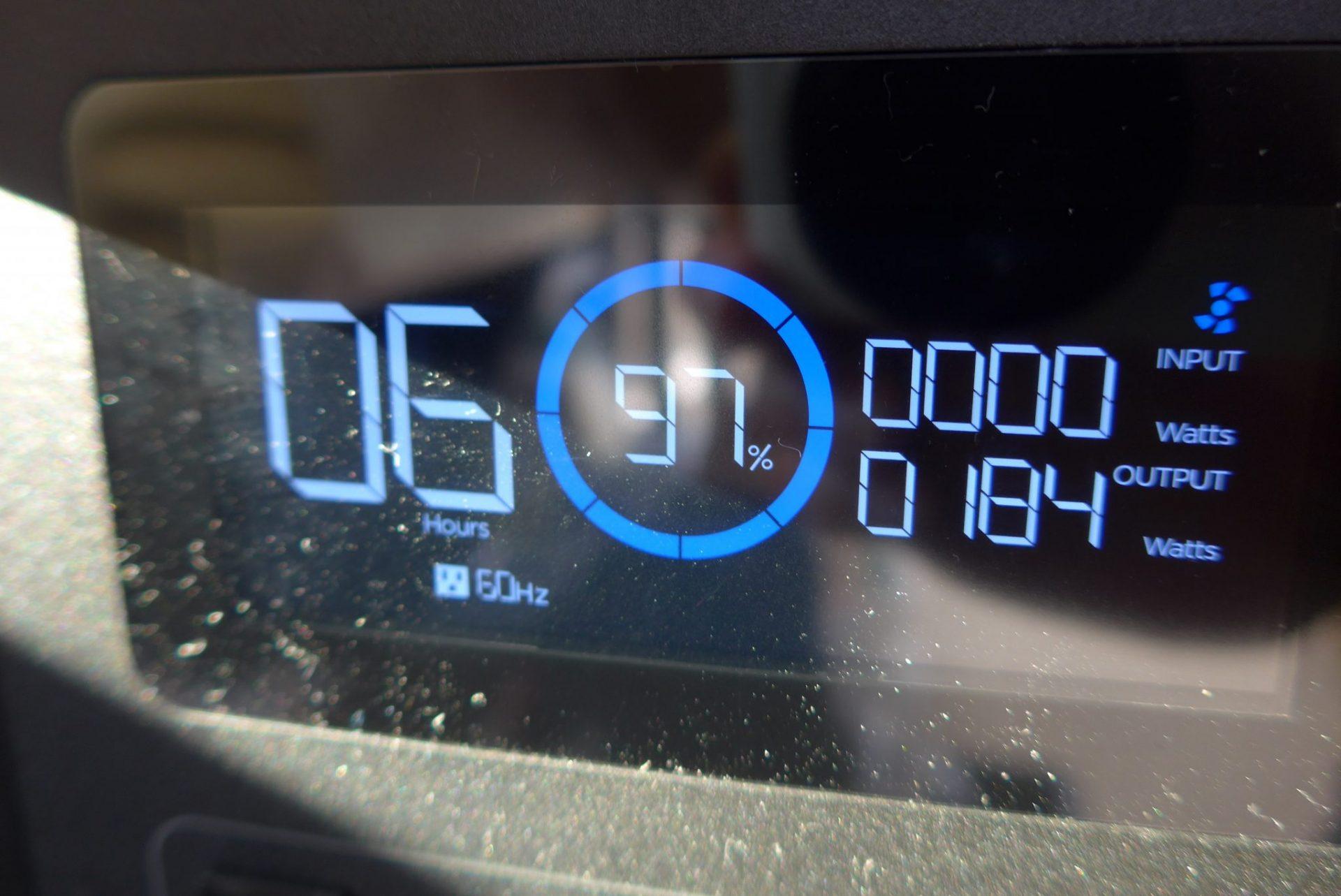 (K)イーエフデルタの使い方!キャンピングカーでポータブル電源!
