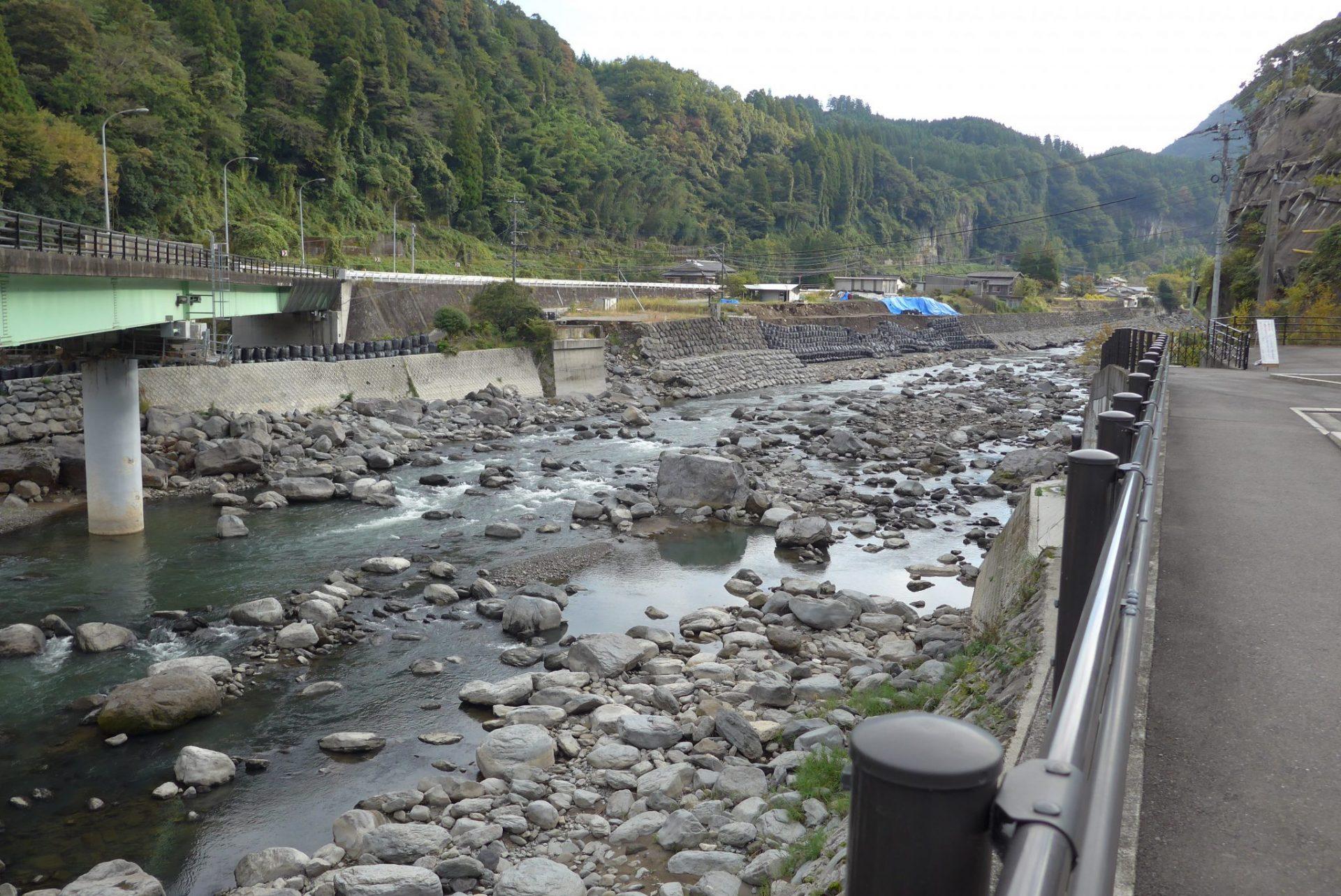 (K)道の駅慈恩の滝くすの車中泊〜十割蕎麦が食べれる水月も〜